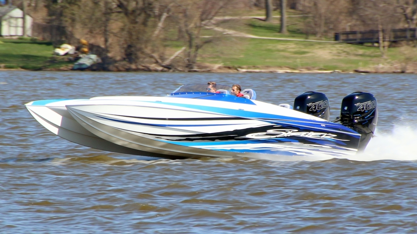 28 – Skater Powerboats